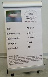 Werbeaufsteller für Ausstellungen etc. Aufsteller in Aluminium klappbar. Flugzeugdaten auf LKW-Plane gedruckt. Höhe ca. 38 cm, Breite ca. 22 cm. ca. 35,00 €/Stück + MWST. Lieferzeit ca. 3 - 4 Wochen